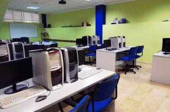 Sala Informática Cimca Peal De Becerro